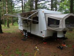 3 Queen Heated Hybrid Trailer for Rent-We can Deliver-Sleeps 8