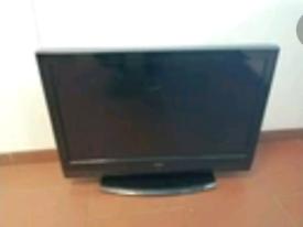 "Technika 32"" LCD TV"