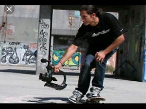 Skate Filmer looking for skaters
