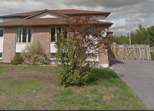 HOUSE FOR RENT - AVAILABLE MAY 1, 2017