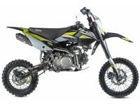 STOMP Z3 140 PIT BIKE, NEW, KIDS MOTORBIKE, CHILDS MOTORBIKE, KIDS DIRT BIKE, MOTOR BIKE.