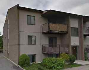 4 1/2 Ile Bizard appartment with option to furnish