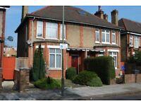 4 bedroom house in Egerton Gardens, Hendon, NW4