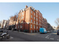 Stunning three bedroomed apartment in Bloomsbury. Close to multiple universities. Don't miss out!