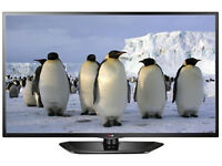 LG 32 LED tv with Freeview HD