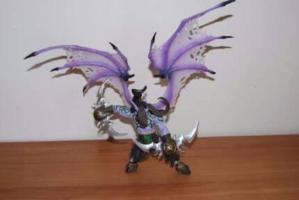 World of Warcraft 1/6th figures (Set) or buy individually + BONUS