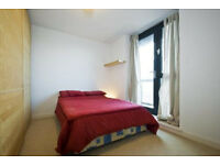 Canning town double 800, cpls ok 850, all bills and wifi incl, 7 mins canary wharf, avail now