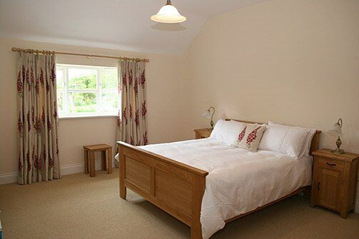 Double Rooms, Available Now, Near Stratford.