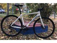 CBoardman Comp Disc flat-bar road/gravel hybrid bike, medium size, bicycle in great condition