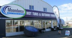 **LOOKING** for an Exceptional HOT TUB SALES PERSON!!