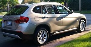 2012 BMW X1 AWD,Leather seats, Panoramic Roof, new Tires