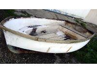 """Rough old 7ft 6"""" fibreglass stem dinghy"""