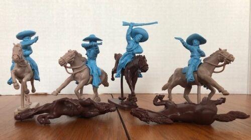 1/32 Mexican Bandits Mounted Figures Playset 8 Figure w Horses