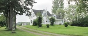 Reduced! Renovated 4 Bedroom On 2.47 Acres