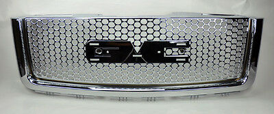 GMC Sierra 1500 Light Duty Punch Hole Chrome Front Bumper Hood Grill