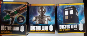 Doctor WHO mini box sets, 2 robots, the phone booth and wand.
