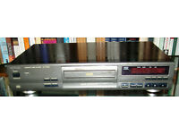 TECHNICS SL-PG390 CD PLAYER