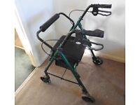 Rollator walking aid, 4 wheels, seat and brakes