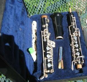 SELMER OBOE,CASE AND SUPPLIES MADE IN U.S.A