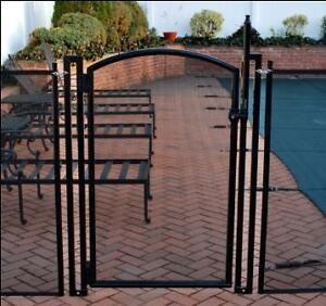 Porte pour cloture de piscine amovible/Removable pool fence gate