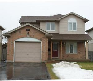 Beautiful 3bdrm *South* Green space and finished basement
