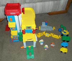 Fisher Price Little People 3 Level Garage + Cars + Accessories