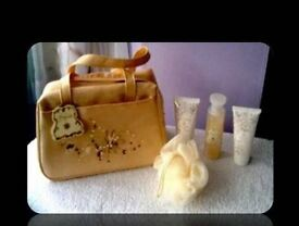 MARKS & SPENCER MAGNOLIA TOILETRY BAG & ACCESSORIES - FOR SALE