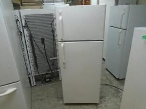 "1000934 REFRIGERATEUR 23"" GENERAL ELECTRIC 23"" REFRIGERATOT"