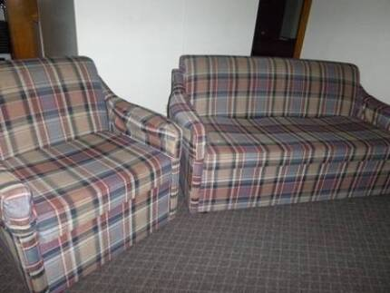 1 x 2 seater lounge and 1 x matching lounge chair Strahan West Coast Area Preview