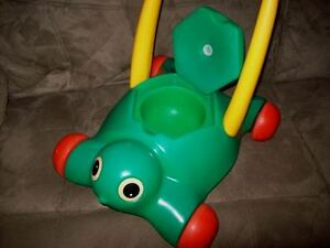 Little Tikes Tykes Toddlers Learn to Walk Cart London Ontario image 2