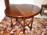 Antique Oval Drop-Leaf table £65