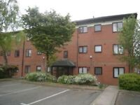 2 bed Apartment, Salford Quays, close to city centre university, transport, all amenaties.