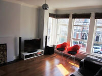 Superb one double bedroom property in Muswell Hill