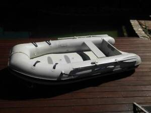 MERCURY INFLATABLE 290 Air Deck + 5HP. MERCURY OUTBOARD Engadine Sutherland Area Preview