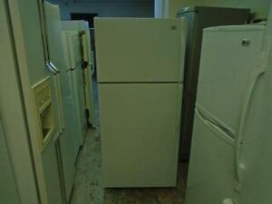 "1000819 REFRIGERATEUR 28"" ROPER 28"" FRIDGE"