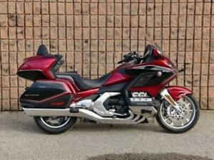 2018 GL1800 DCT Gold Wing Air Bag Deluxe Display Model