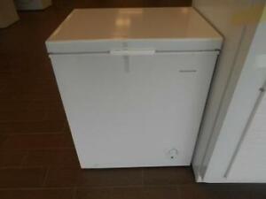 Congelateur coffre Frigidaire neuf 5.0 pi cu #204193