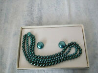 Green Bead Necklace Set