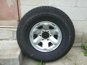 Dunlop GranTrek Tire 31X10.5R15LT 109H + alloy rim (Never used)
