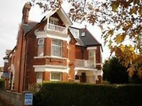 NEWLY REFURBISHED UNFURNISHED 1 BED FIRST FLOOR FLAT WITH PARKING SITUATED CLOSE TO BOSCOMBE PIER