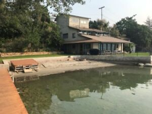 Furnished Lakefront home available immediately to June 30, 2019