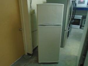 "1001164 FRIGO 24"" TWIST AIR 24"" FRIDGE"