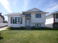 Furnished 4 Bedroom House in Ivy Lake $2300  #3081