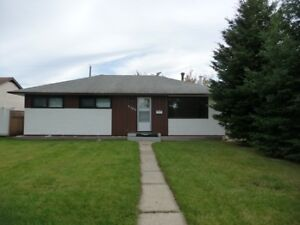 5 Bedroom Home Close to Red Deer College Available February 1st!