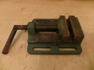 "4"" Vise London Ontario image 1"