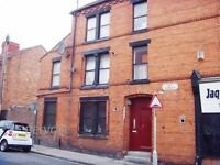 Unfurnished 1 bedroom flat, available immediately, NO Bond. Day Street, Old Swan