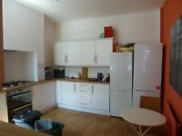 ACADEMIC YEAR 2017/2018!! Mauldeth Road West - Excellent Student or Professional Property!!