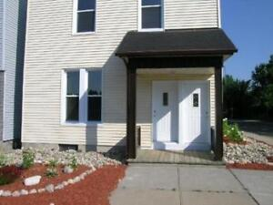 499 St-Patrick - 3 bed. August 1st