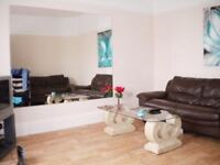 **STUDENT LET** MODERN 4 BEDROOM FURNISHED DETACHED STUDENT HOUSE SITUATED IN WINTON