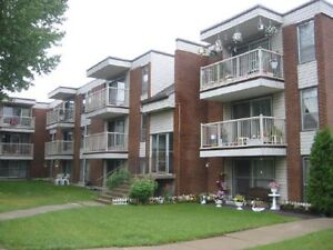 *INCENTIVES* 1 Bdrm w/ Balcony ~ Utilities Included!~Londonderry